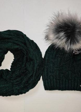 Изумрудный набор шапка хомут теплый зимний набор