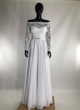 Свадебное платье а силуэта белого цвета 44 и 48 размера с гипюровым рукавом  и шифоновой юбкой !!!