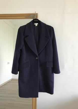 Синее тёплое шерстяное пальто прямого кроя h&m k16