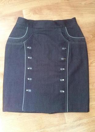 Демисезонная юбка с плотной ткани