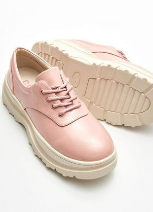Новые фирменные туфли cropp