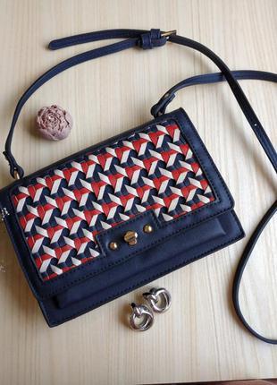 Сумка клатч плетение синяя красная длинная ручка через плечо чемоданчик кросс боди