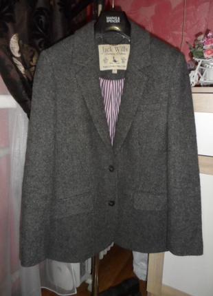 Jack wills ,классный пиджак,шерсть 100% ,р.8 ,в новом сост.