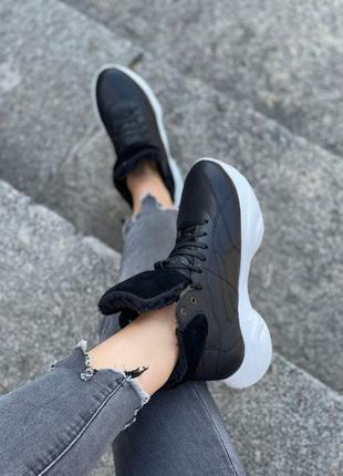 Чёрно-белые кроссовки осень зима 34-41