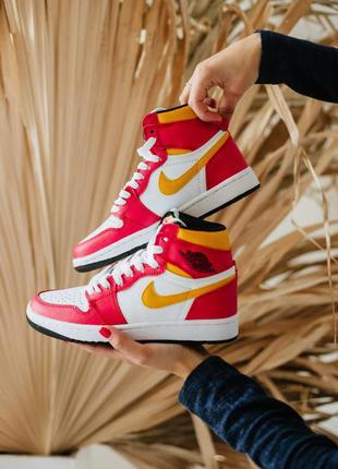 Хит продаж женские кроссовки nike air jordan 1 retro high og light fusion red наложка