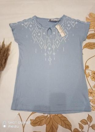 Ніжна, красива футболка, вишиванка (s)