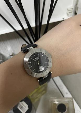 Оригинальные часы versace versus