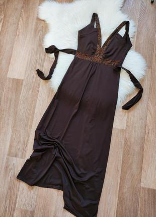 Женское длинное нарядное платье сарафан с вырезом на спине открытой спиной