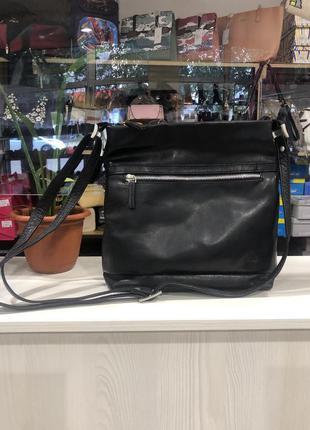 Кожаная сумочка через плече