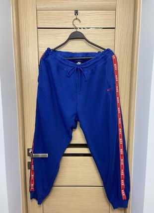 Nike з лампасами оригінальні чоловічі спортивні штан
