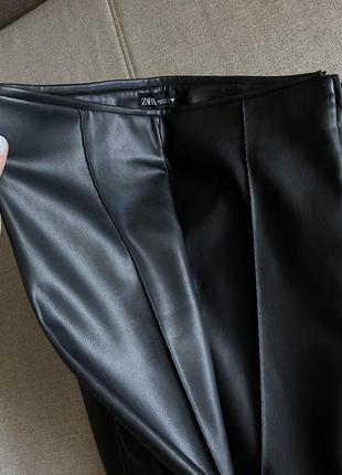 Кожаные штаны лосины zara чёрного цвета