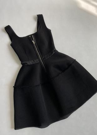 Неопреновое платье maje