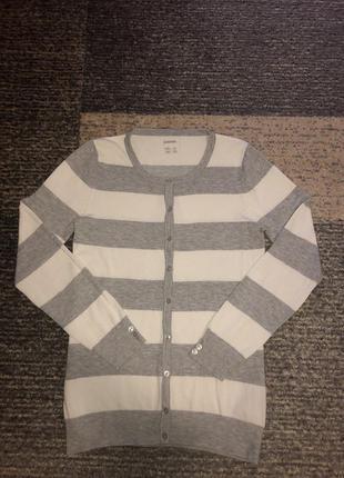Женская кофта пуловер с пуговицами