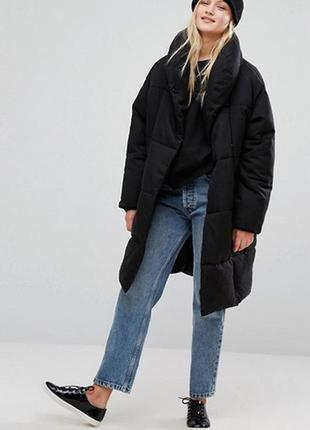 Эксклюзивное  дутое  oversize пальто monki от asos