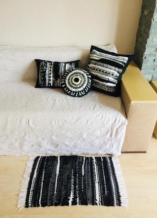 Тканий килимок чорно-білий монохром 48*78 см