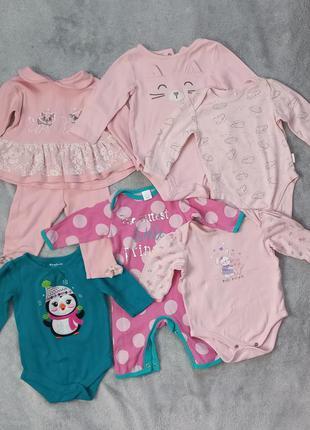 Набір одягу, вік 3-6 місяців.