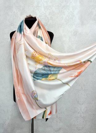Шёлковый шелковый палантин платок шарф кувшинка персиковый