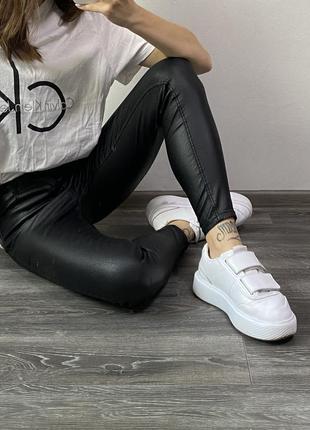 Кожаные штаны stradivarius