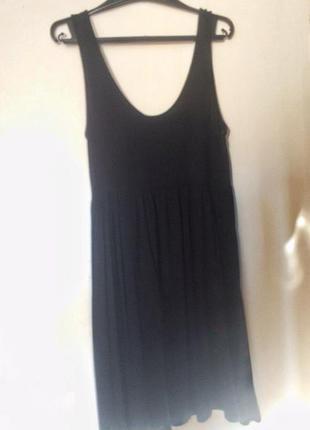 Чорное платье h&m