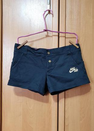 Стильные короткие джинсовые шорты найк, чёрные мини шорты nike
