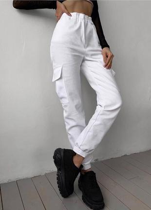 Женские джинсы карго