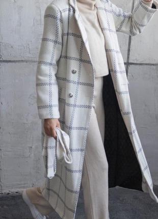 Белое пальто шерсть
