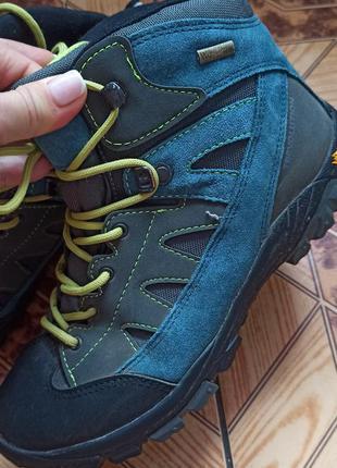 Трекінгові черевики trevolution, vibram