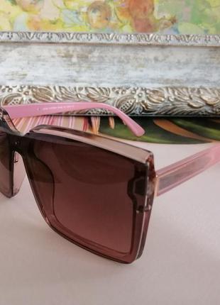 Эксклюзивные розовые солнцезащитные женские очки квадраты