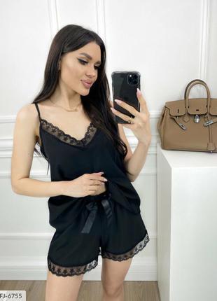 Чёрная пижама с шортами