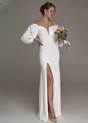 Белое вечернее платье с разрезом1 фото