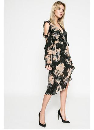 Нереально стильное платье