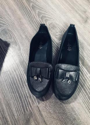 Обувь туфли на низком