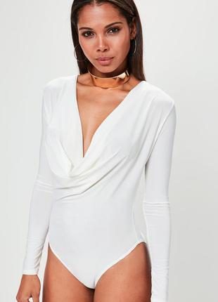 Белый боди блуза с глубоким декольте missguided
