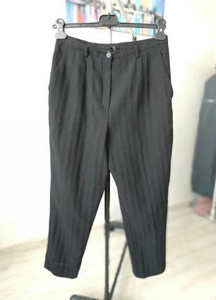 Фирменные, стильные базовые брюки от punto р s- 100 % тонкая шерсть