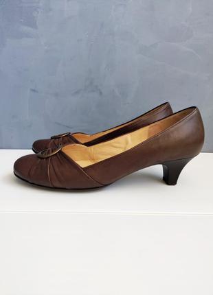Кожаные коричневые туфли gabor туфли 40-40,5 размер