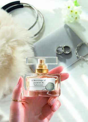 Изысканный аромат а marriage of jusmine & tuberose