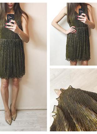 Платье с золотой ниткой
