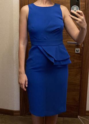 Платье-силуэт hobbs