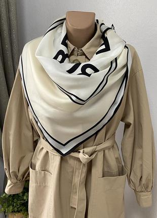 Burberry шелковый платок