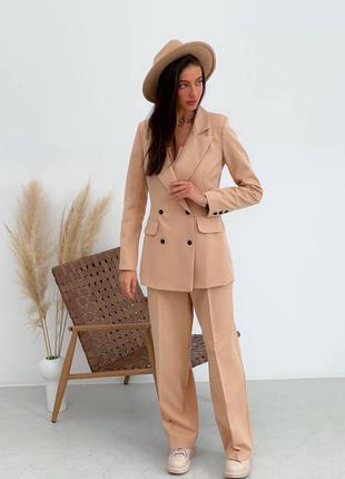 Женский бежевый костюм тройка (брюки, пиджак, топ)