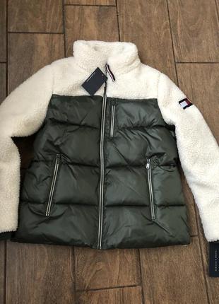 Новая стильная куртка осень оригинал tommy hilfiger с бирками