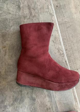 Тёплые замшевые ботинки