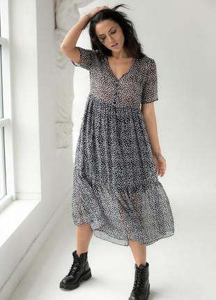Шифоновое платье с коротким рукавом в горох