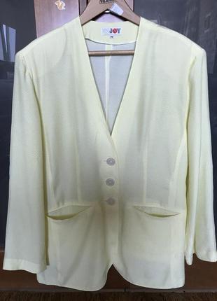 Стильный пиджак без подкладки