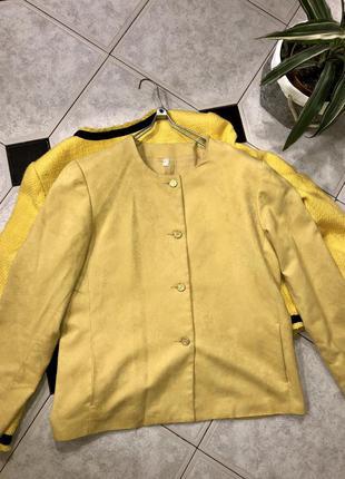 Пиджак под замшу/ лимонный блейзер в стиле chanel оригинал !