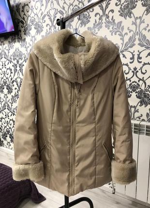 Куртка на тёплую зиму, осень весну размер м