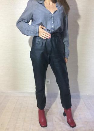 Женские  натуральные кожаные брюки. цвет чёрный2 фото
