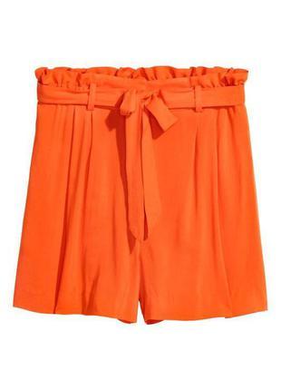 Оранжевые шорты на поясе zara1 фото