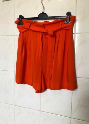 Оранжевые шорты на поясе zara4 фото