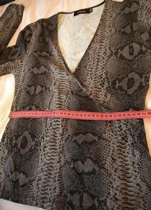 Кофта свитер свитшот топ блуза на запах змеиный принт5 фото